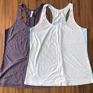 Under Armour  bundle of two tanks